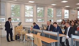 Ministr spravedlnosti a předseda Legislativní rady vlády Kněžínek diskutoval na Jihočeské univerzitě se studenty Ekonomické fakulty