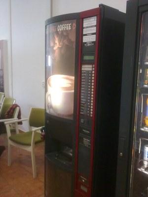 Nápojový automat F2