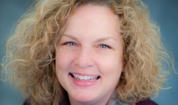 Přednáška Cynthia Schmidt, J.D. na téma: How Did We Get Here?